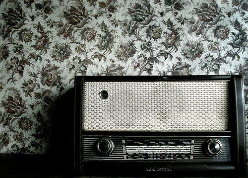 E-A-GRANDE-ESTRELA-ERA-O-RADIO